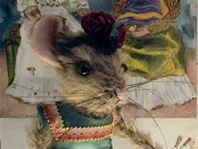 Frida Kahlo mouse at her exhibition