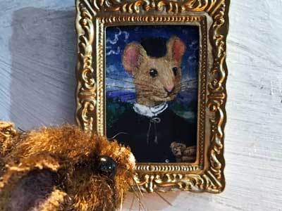 Mouse looking at painting inspired by Hans Memling